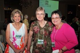Linda, Lynda and Dee Dee